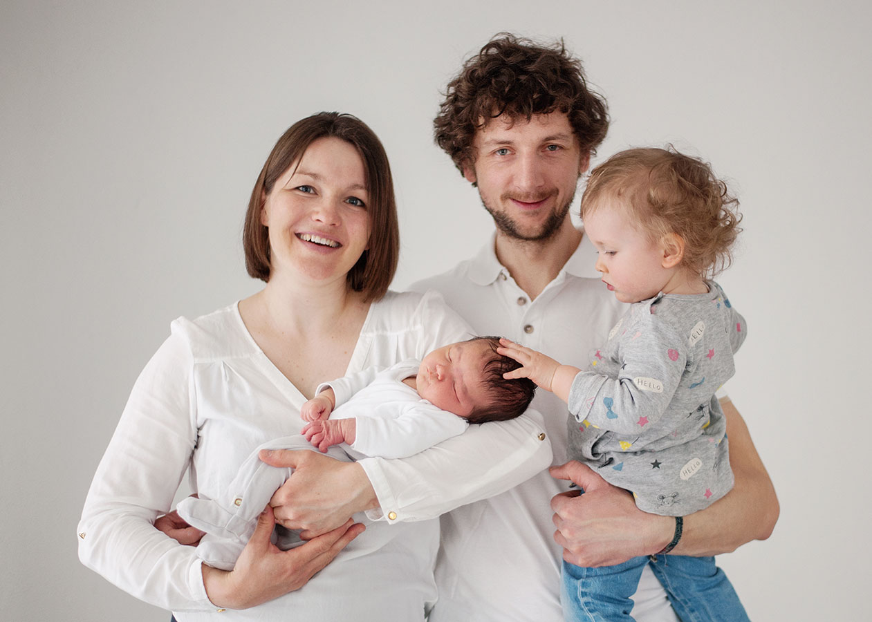 Familienfotos im Studio in Dresden